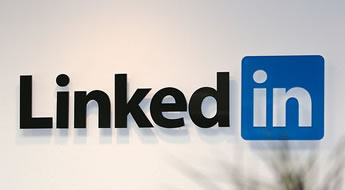Veja alguns motivos para você estar no LinkedIn mesmo empregado