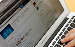 Como criar um Resumo no LinkedIn que realmente funciona